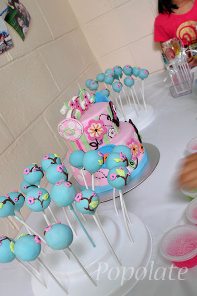flower butterfly cake pops