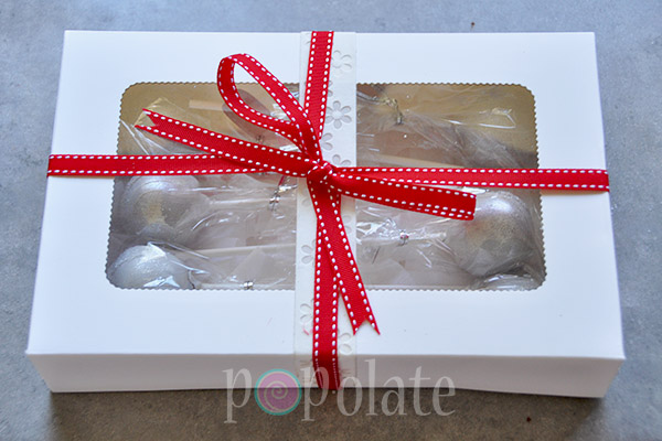 Cake pops gift box birthday present delivered