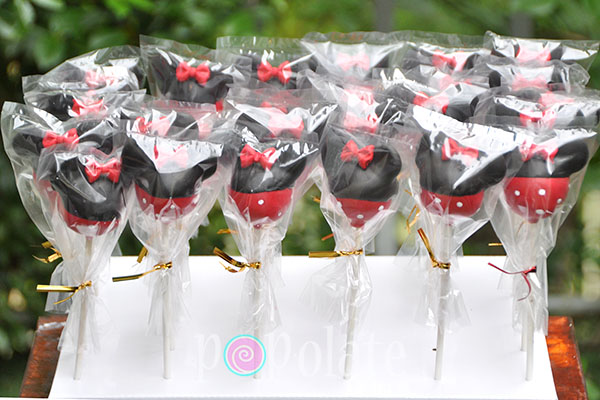 Minnie Mouse clubhouse cake pops
