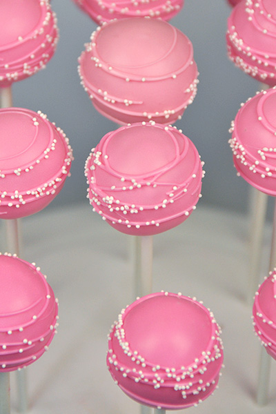 Ombre pink shades cake pops
